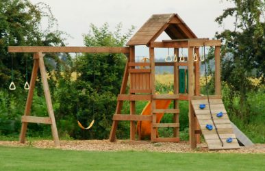 Building wooden swing sets
