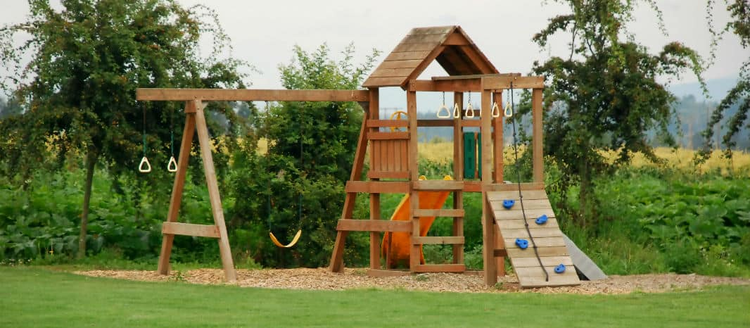 Swing Set Placement 10 Tips Cool Outdoor Toys